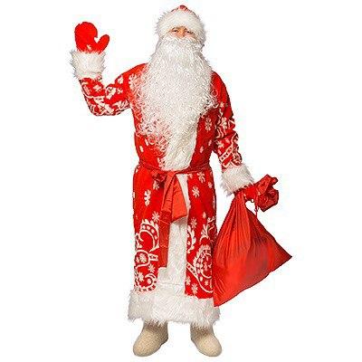 Дед Мороз в шубе во весь рост.
