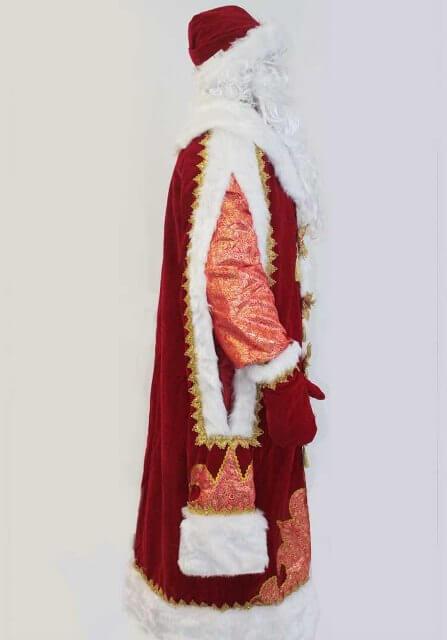 Шуба Деда Мороза в профиль.